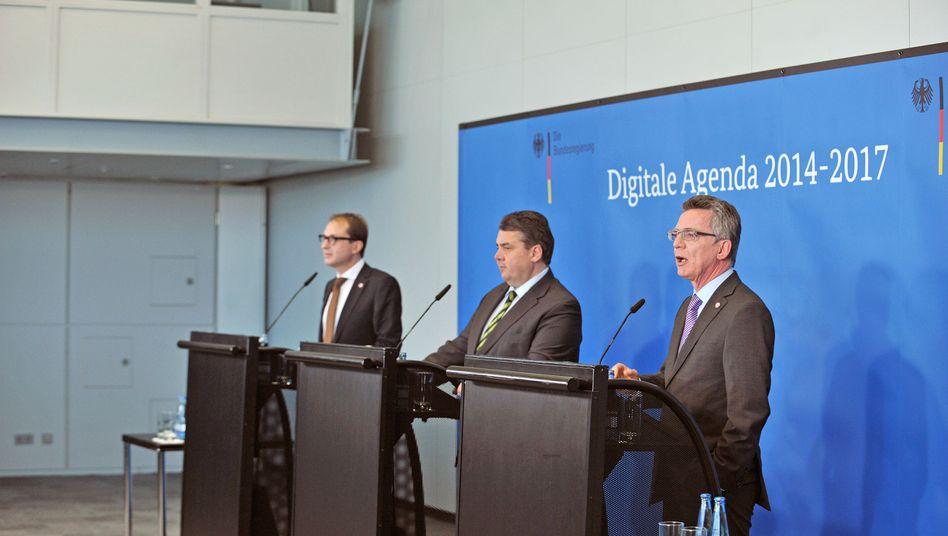Internetminister-Trio Sigmar Gabriel , Thomas de Maizière und Alexander Dobrindt: Vieles bleibt vage