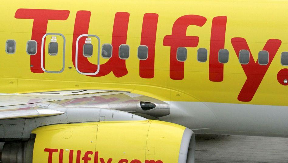 TUIfly-Maschinen auf dem Flughafen Leipzig-Halle