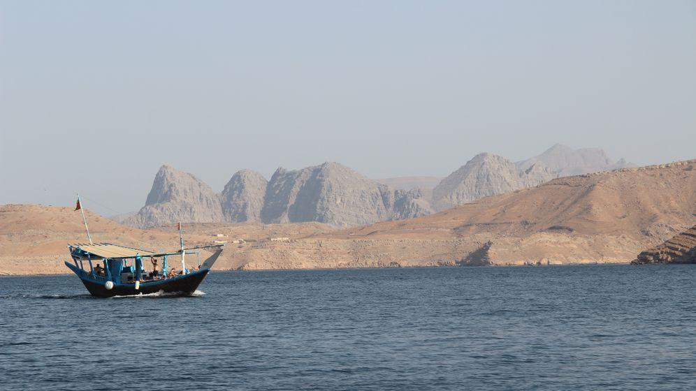 Campen in Oman: Wüsten, Wadis, Sternenhimmel