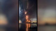 """""""Eruptionsgewitter"""" bei Vulkanausbruch"""