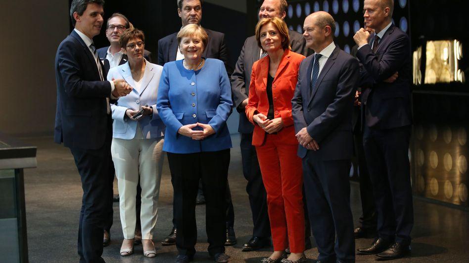 GroKo-Politiker um Angela Merkel, Malu Dreyer und Olaf Scholz: Stimmung wie bei einer Klassenfahrt