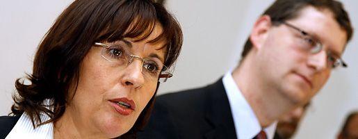 Parteichefin Ypsilanti, Spitzenkandidat Schäfer-Gümbel: Druck wächst