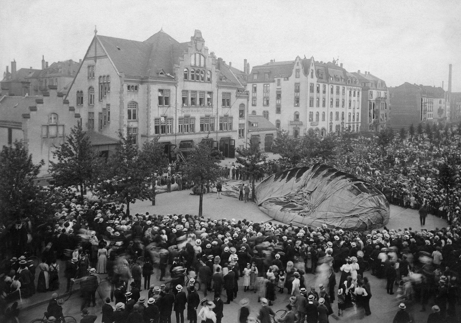 Frankfurt/Main, Absturz eines 'Parseval III' Ballon