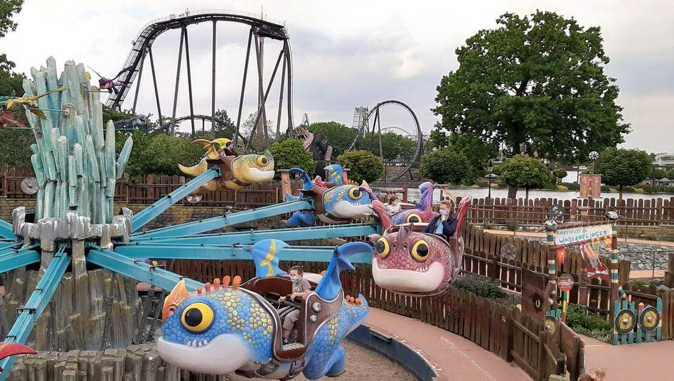 Kinderkarussell im Heide Park Soltau: Es riecht nach Lerasept