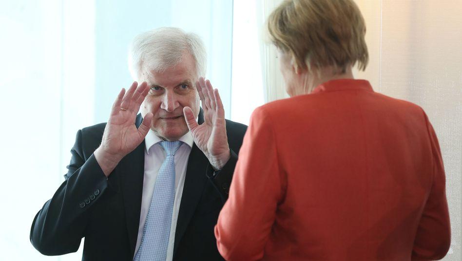 CSU-Chef Seehofer, Kanzlerin Merkel