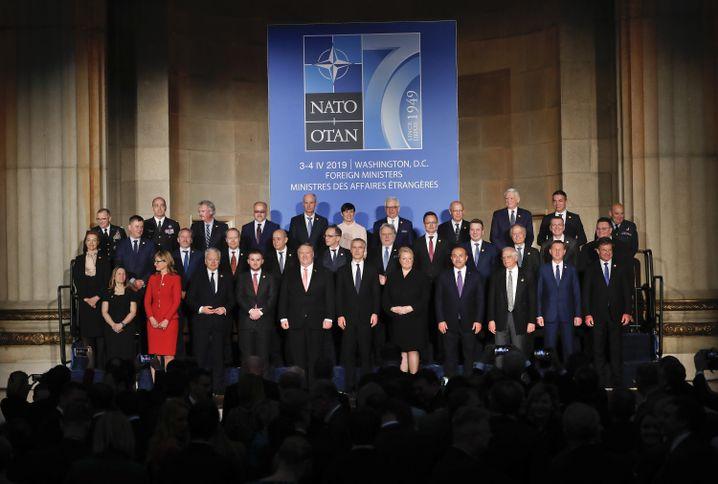 Nato-Außenminister beim Jubiläumstreffen