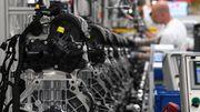 In der Autobranche stehen bis zu 221.000 Jobs auf der Kippe