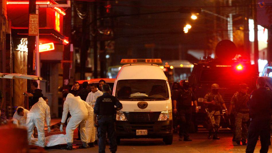 Mord in Monterrey (im Juli 2011): Häufig werden Polizisten Opfer des Drogenkriegs