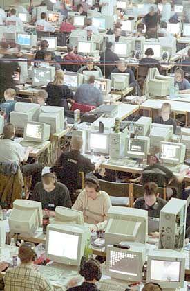 Mit Hilfe der IP-Adresse kann jeder Rechner eindeutig identifiziert werden