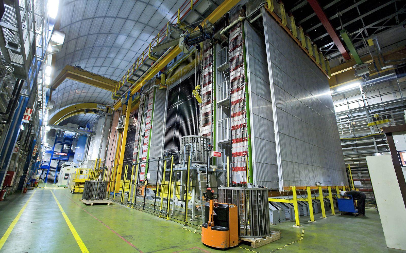 EINMALIGE VERWENDUNG Gran Sasso National Laboratory