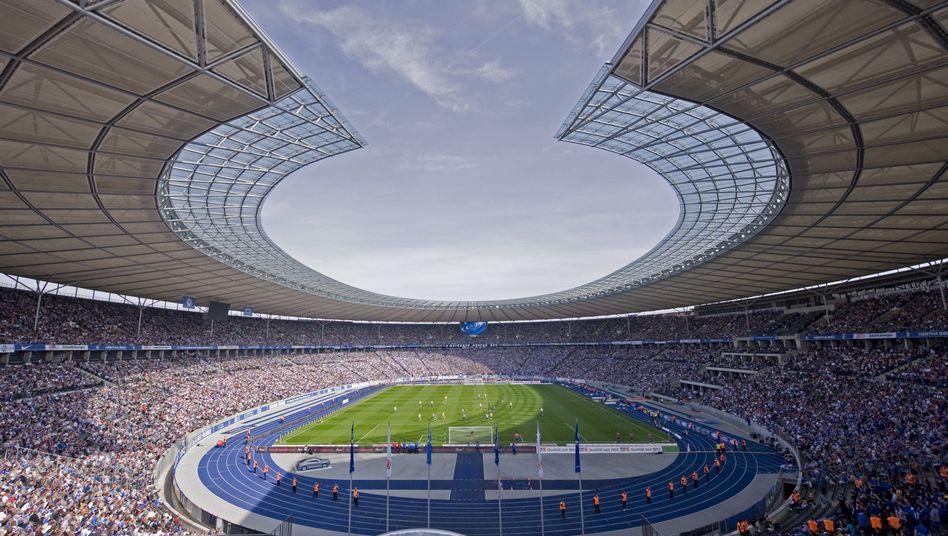 Olympiastadion Berlin (Archivbild): Flugweite bestimmt Größe des Feldes