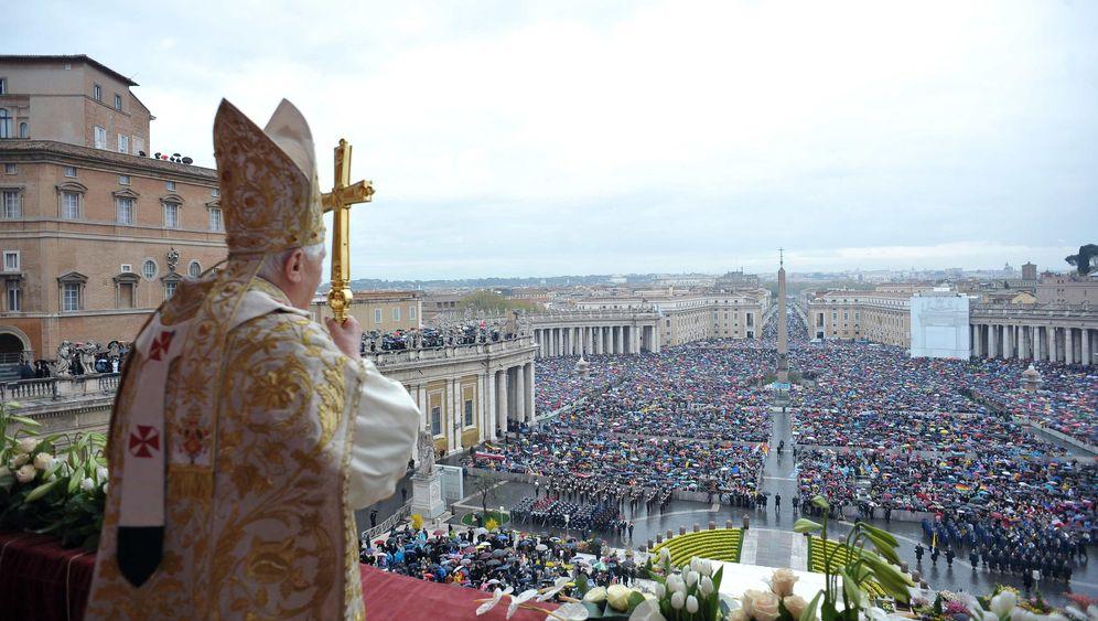 Ostern 2010: Vatikan weicht vom Protokoll ab