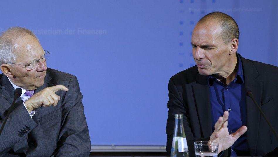 Finanzminister Schäuble, Varoufakis: Krieg der Worte