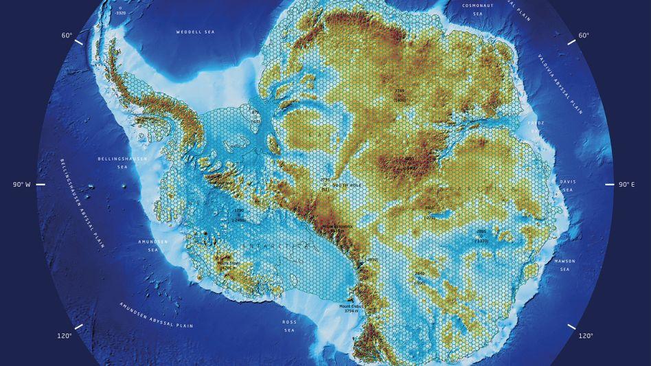 Fjorde, Seen, Gebirge - die Antarktis ohne Eis: Diese Karte haben Forscher der TU Dresden und des Alfred-Wegener-Instituts jüngst veröffentlicht. Sie zeigt, wie der Südkontinent ohne Eisbedeckung aussehen würde - weite Teile lägen unter Wasser.