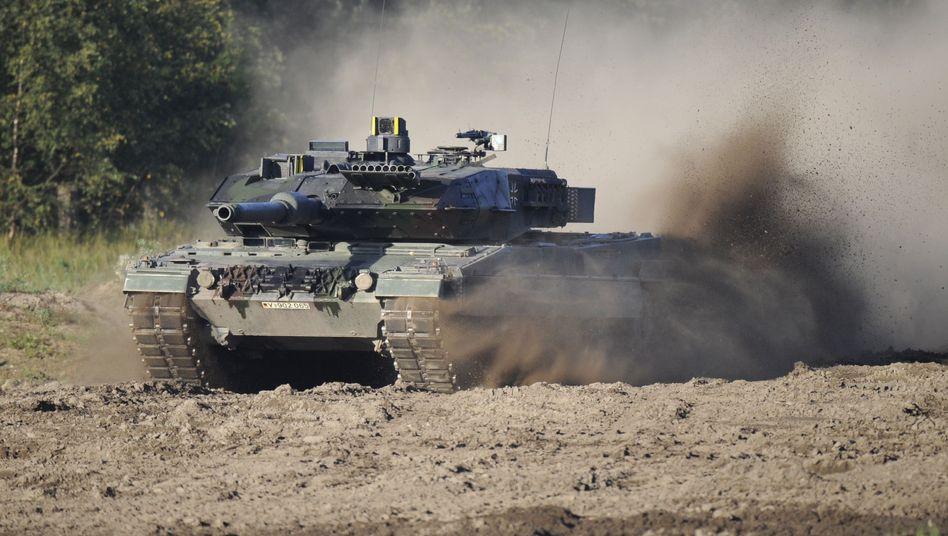 "Auch am ""Leopard 2""-Panzer sind Staaten wie Saudi-Arabien stark interessiert"