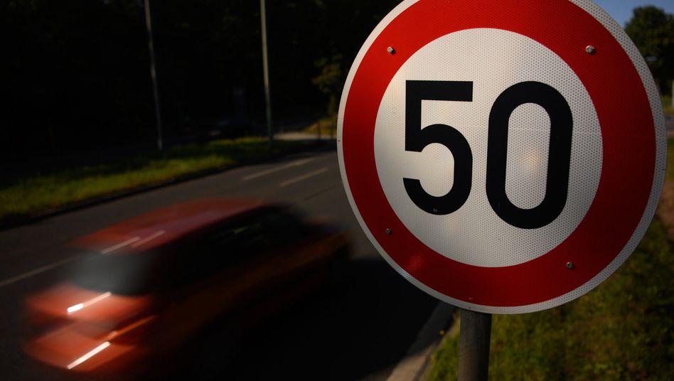 Ein Kompromiss im Streit um strengere Fahrverbotsregeln für Raser ist vorerst gescheitert
