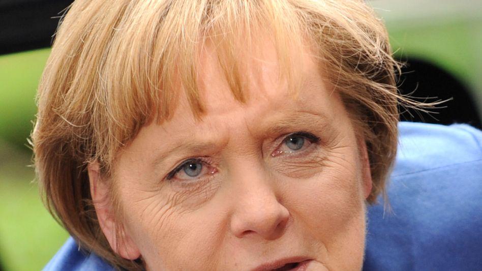 """Kanzlerin Merkel: Opposition fordert """"umgehende Aufklärung"""" zur BND-Mail"""