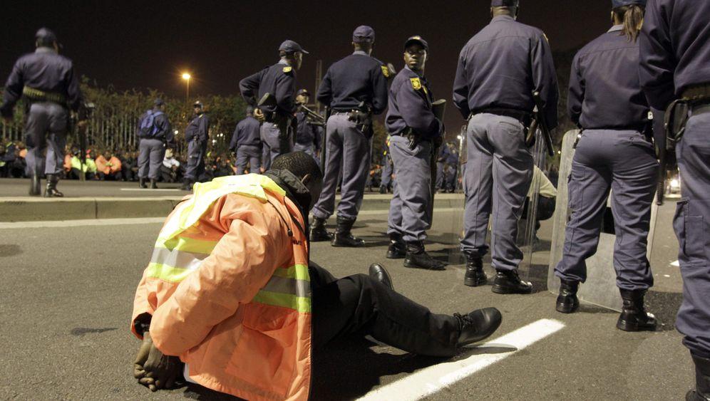 Durban: Proteste nach WM-Auftaktspiel der Deutschen