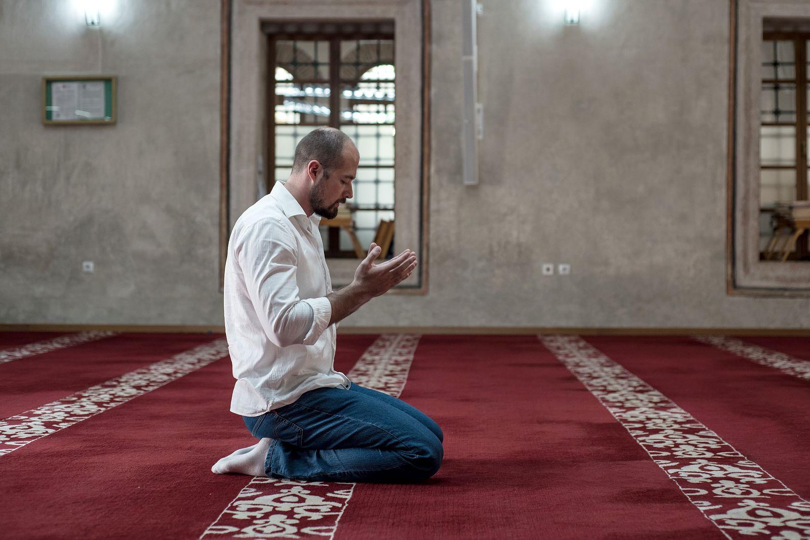EINMALIGE VERWENDUNG Buch/ Sineb El Masrar: Muslim Men