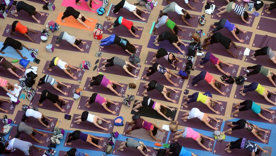 Massenyoga in New York: Auch bei Männern wird Yoga immer beliebter