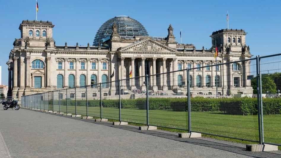 Reichstagsgebäude: Bundestagsnetz infiltriert, Experten irritiert