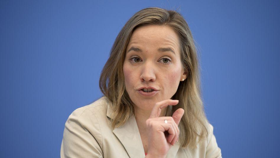 Ministerin Schröder: Sparen beim Betreuungsgeld