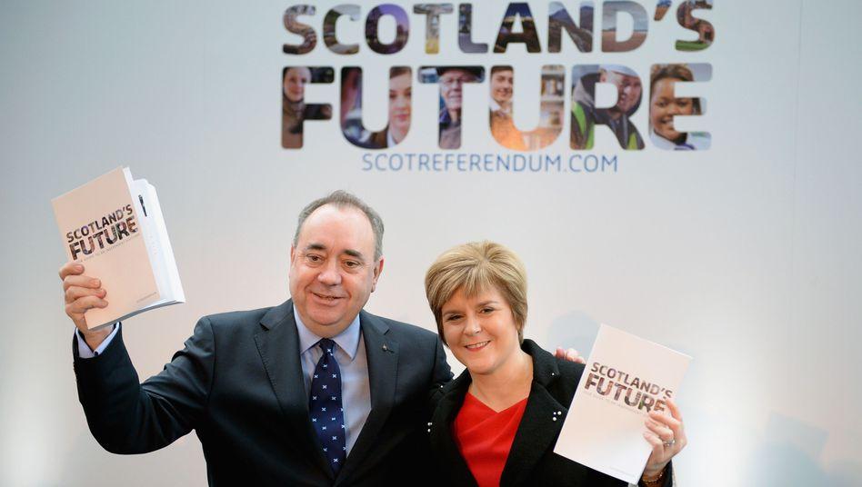 Schottlands Regierungschef Salmond und seine Stellvertreterin Sturgeon: Plan für den Weg in die Unabhängigkeit