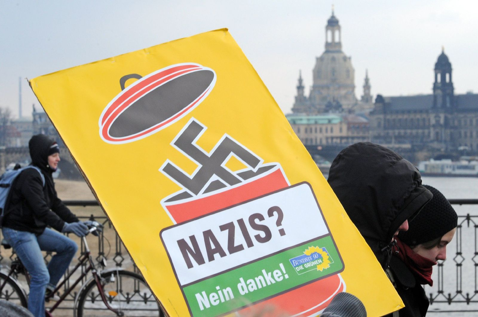 anti-nazi-demo in dreseden