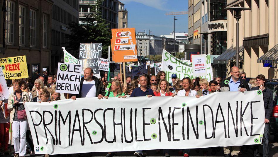 Reformgegner auf der Straße (September): Goetsch lehnt eine Verschiebung der Reform ab
