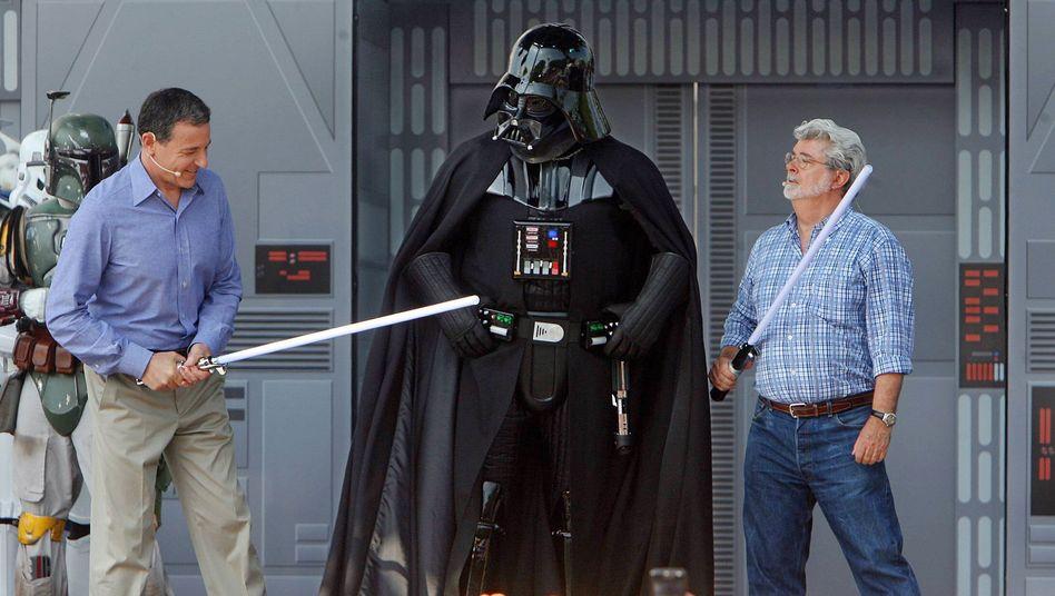 """Bob Iger mit """"Star Wars""""-Charakteren"""
