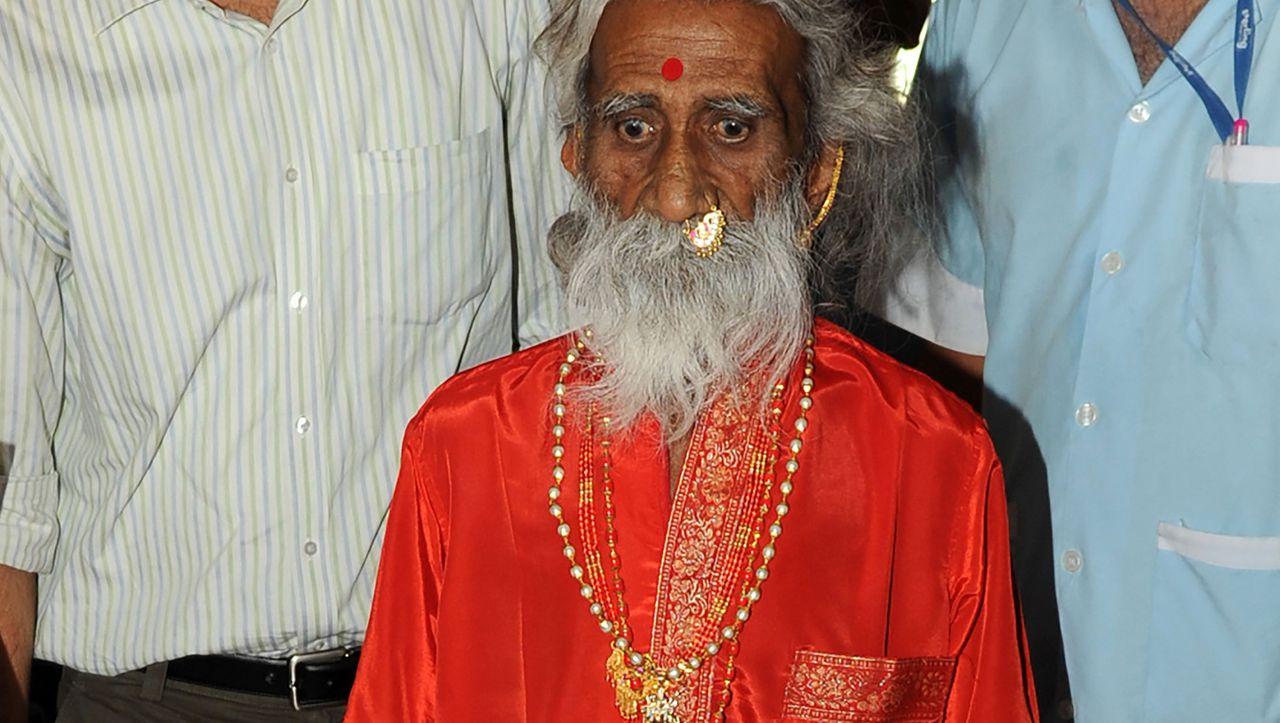 Umstrittener Yogi: Angeblicher jahrzehntelanger Dauerfaster stirbt an Altersschwäche