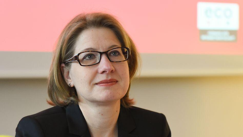 Die Rechtsanwältin und Leiterin der eco-Beschwerdestelle: Alexandra Koch-Skiba bei der Präsentation des Jahresberichts 2019