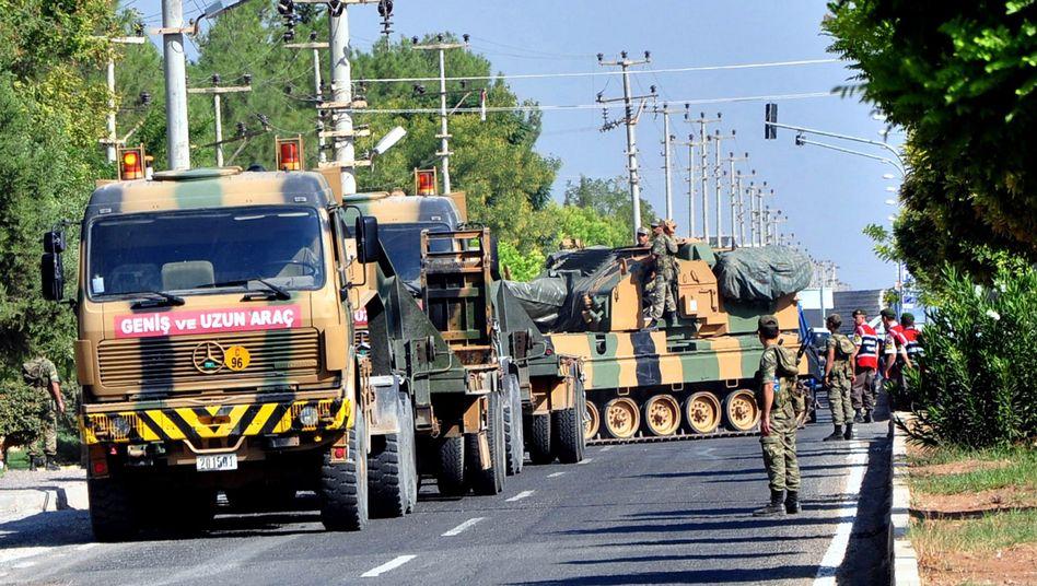 Türkische Armee an der syrischen Grenze: Parlament votiert für Einsatz im Nachbarland