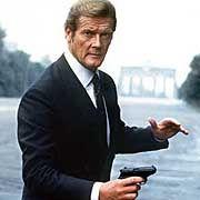 "Moore als James Bond in ""Octopussy"": ""Brutale und grausame Delikatesse"""