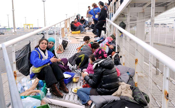 Syrische Flüchtlinge auf dem Weg nach Großbritannien: Chefsache Asylpolitik