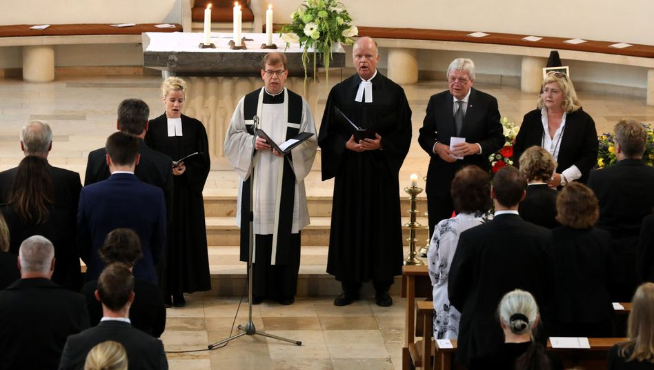 Der Gottesdienst fand in der Kirche im hessischen Glashütten statt