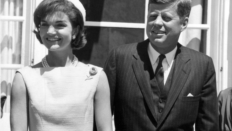 US-Präsident John F. Kennedy und seine Frau Jacqueline
