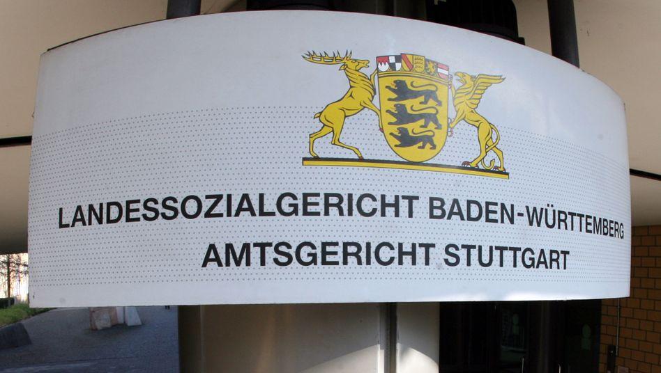 Landessozialgericht in Stuttgart: 24.000 Euro nach Großbritannien überwiesen