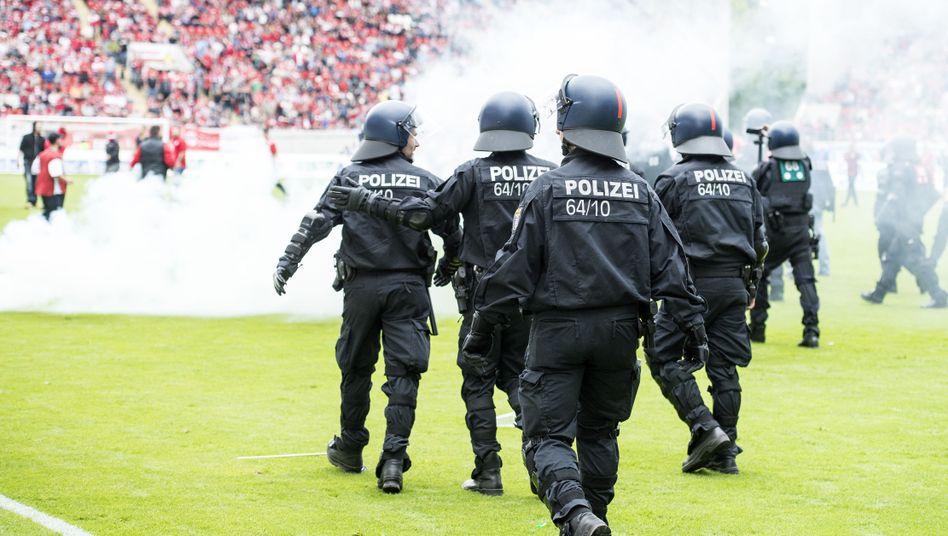 Polizei in Offenbach: Partie war 20 Minuten unterbrochen