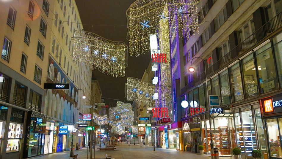 Leere Einkaufsstraße in Wien: Das öffentliche Leben kommt zum Erliegen