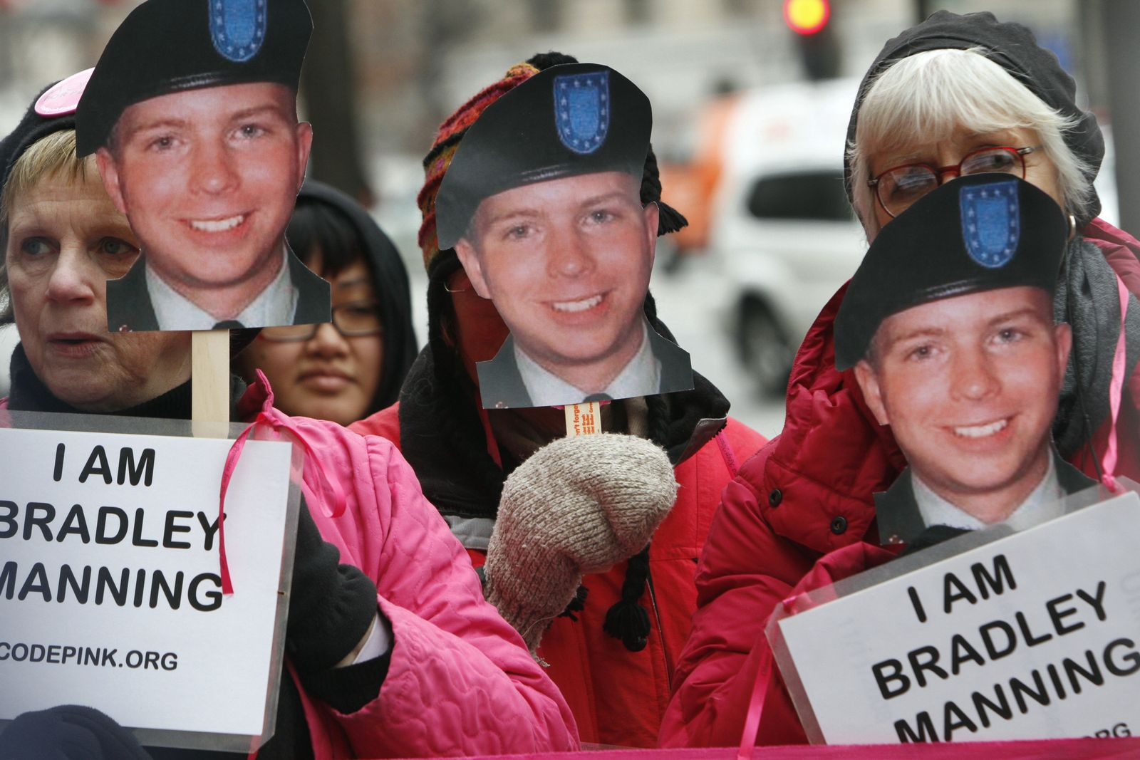 SP 29/2011 p81 SPIN Bradley Manning Protest