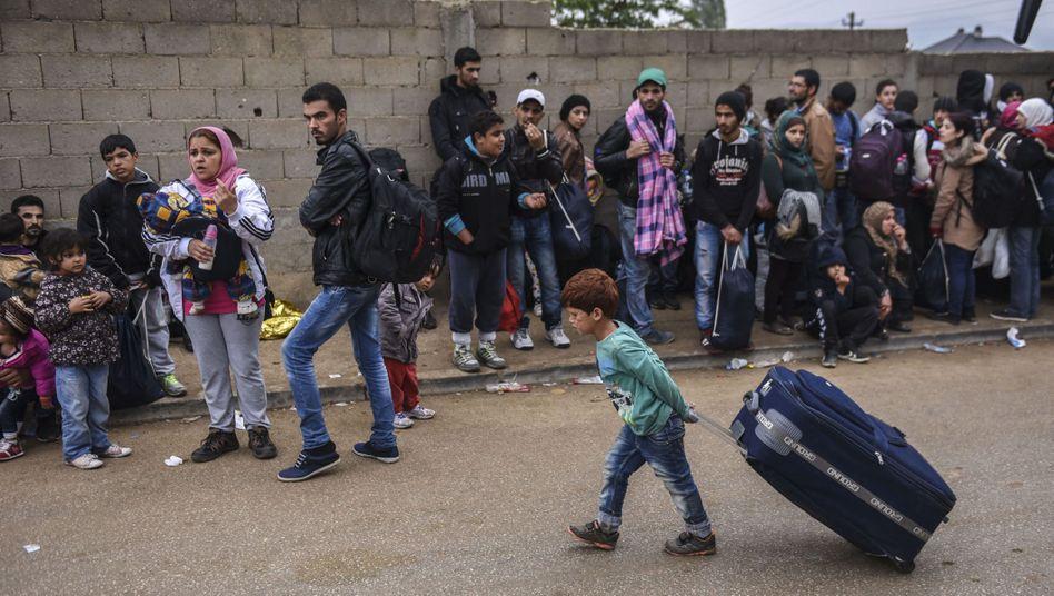 Flüchtlinge an der serbischen Grenze: Nur noch Syrer, Afghanen und Iraker dürfen durch