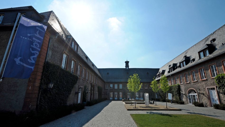 EBS-Campus in Oestrich-Winkel: Hochschule unter besonderer Beobachtung