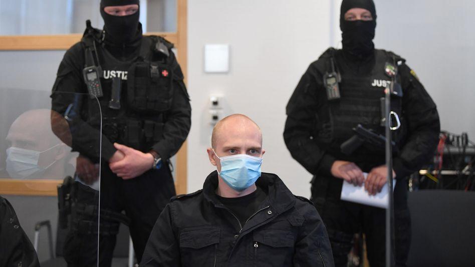 Stephan Balliet: Angeklagt wegen Mordes