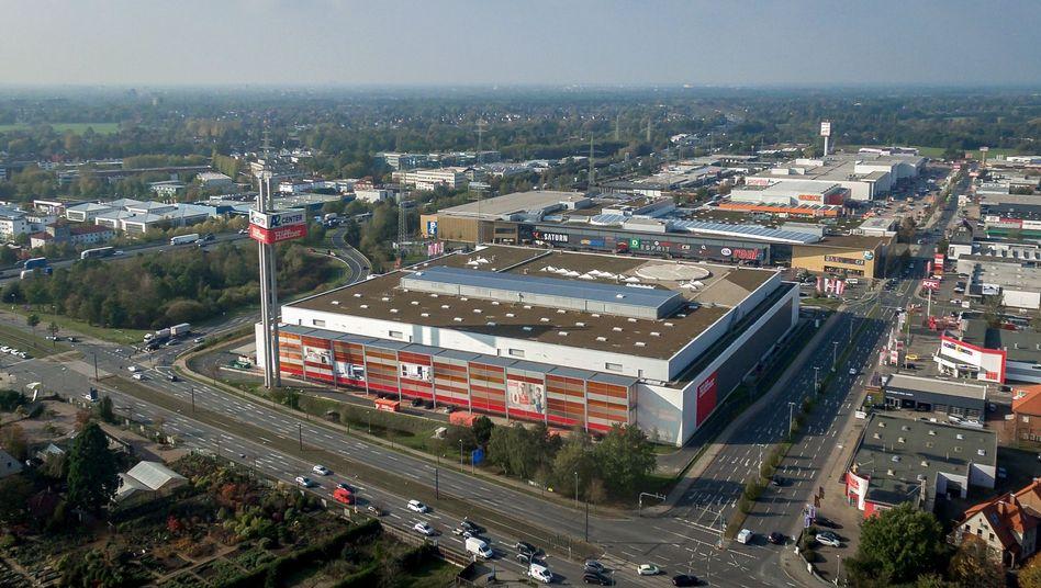 Das Möbelhaus Höffner hat in Isernhagen einen Helikopter-Landeplatz auf dem Dach