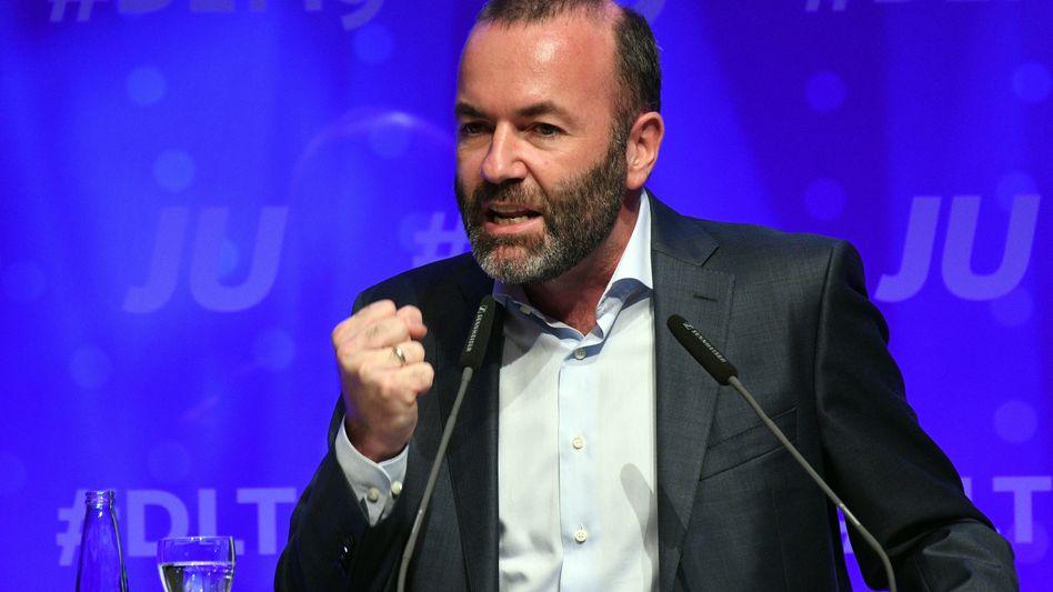 Der EVP-Fraktionsvize Manfred Weber (CSU) bei einer Rede auf dem Deutschlandtag der Jungen Union