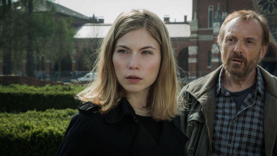 """Interview mit Nora von Waldstätten und Josef Hader: """"Ein bisschen Arroganz muss sein"""""""
