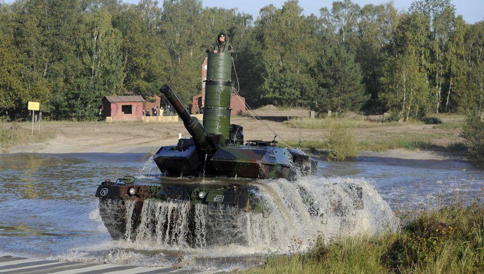 """""""Leopard 2""""-Panzer: Spekulationen über Mega-Deal von Rheinmetall"""