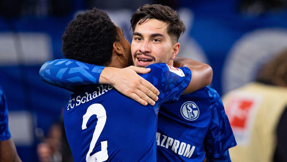 Suaf Serdar winkt das DFB-Debüt