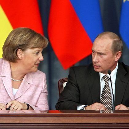"""Merkel und Putin: """"Besser, miteinander zu reden als übereinander"""""""